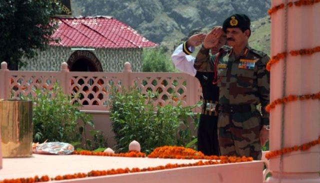 Kargil Victory Salute - Kargil Vijay Diwas - AlivIndia Blog